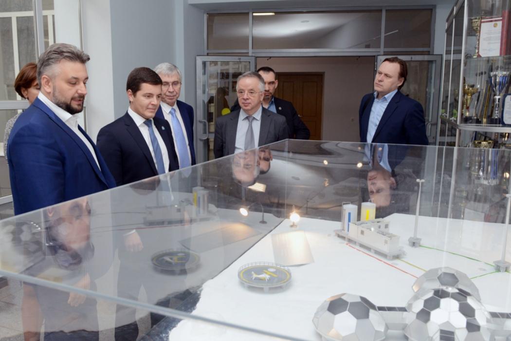 Встреча губернатора ЯНАО и ректора МФТИ