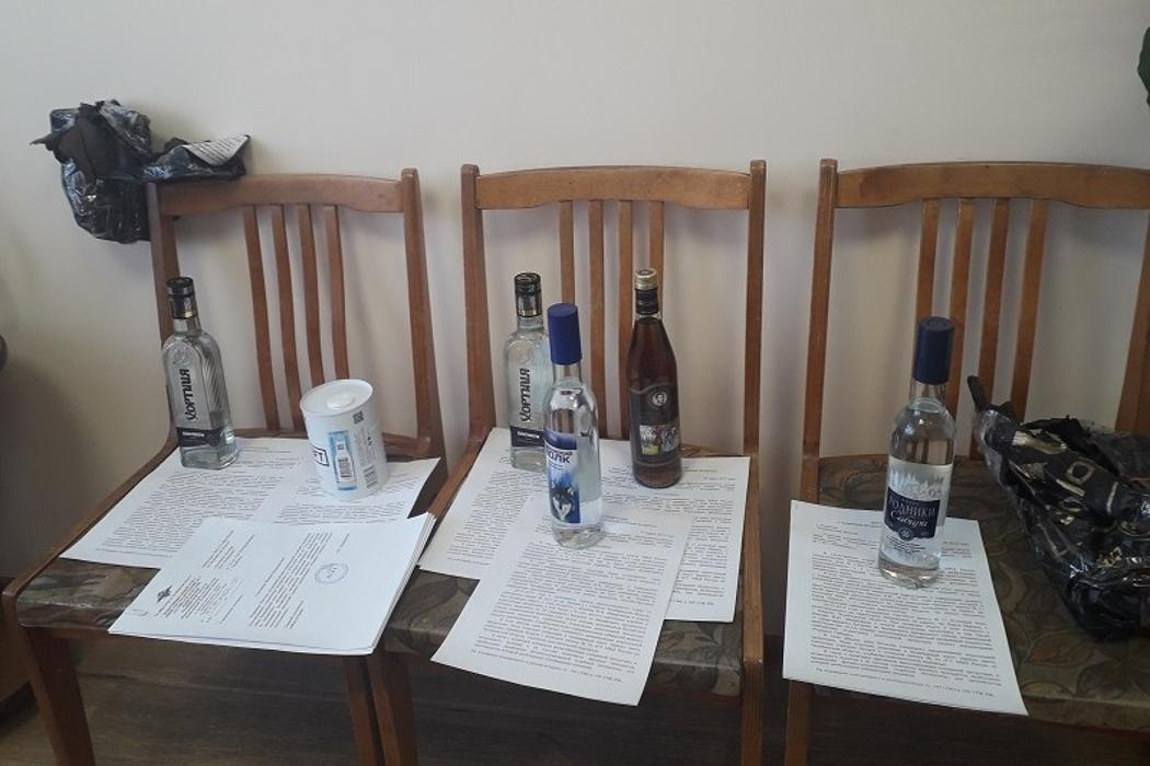 В Кыштыме задержали иностранца с поддельным алкоголем на 600 тысяч рублей
