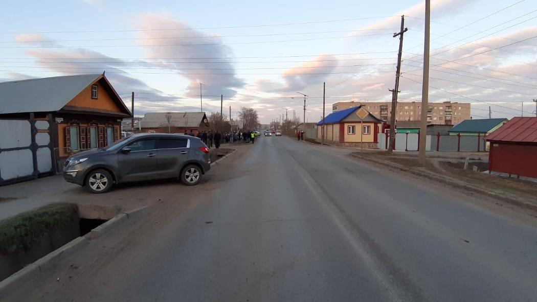 В Троицке пьяный водитель ВАЗа протаранил жилой дом