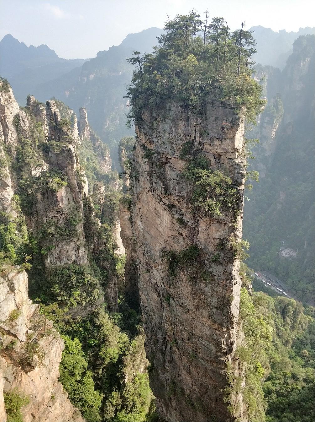 парящие горы в Китае