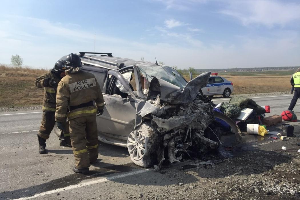 Под Челябинском 4 человека погибли в лобовом ДТП