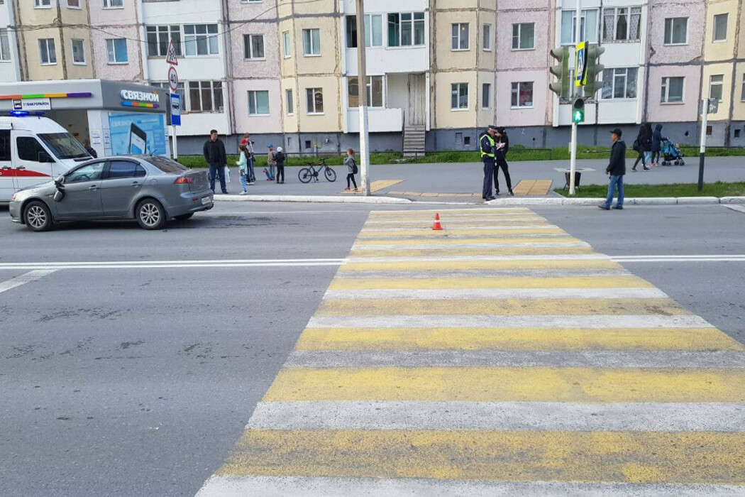 В Надыме иномарка сбила 8-летнего велосипедиста