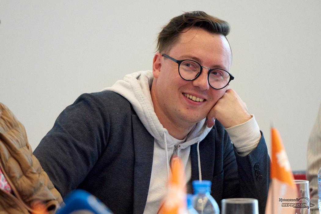 Роман Луговых – гр. «Ромарио» пресс-конференция в Кольцово