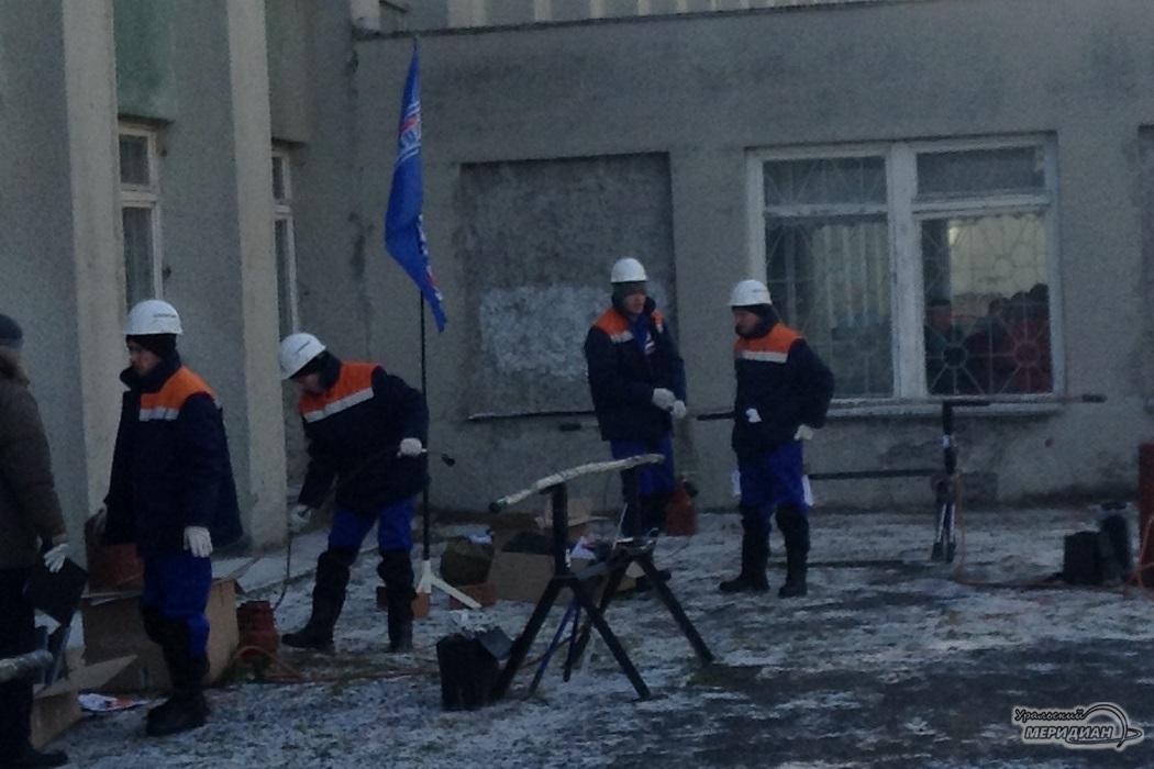 В Свердловской области определили лучшего кабельщика-электромонтёра