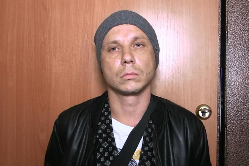В Екатеринбурге судят врача-травматолога, пытавшегося продать гашиш