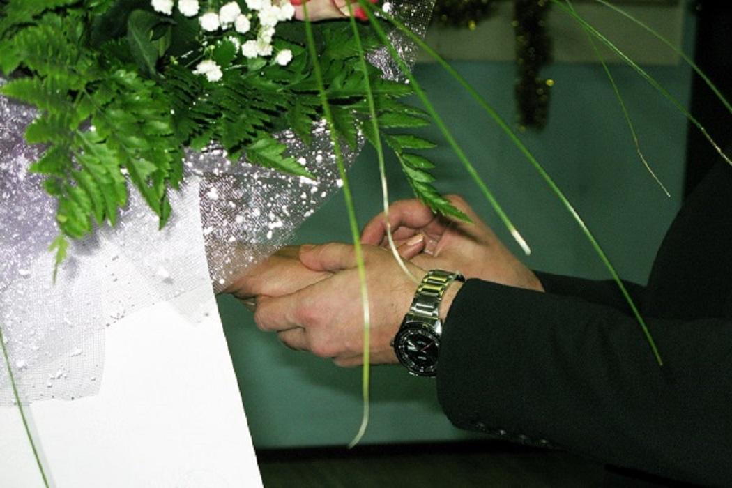 В тагильской колонии за один день сыграли 8 свадеб