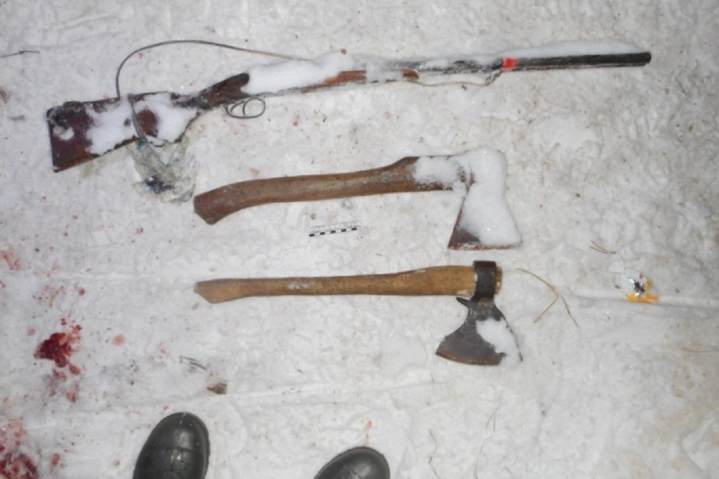 В Свердловской области рыбак убил одного егеря и подстрелил второго