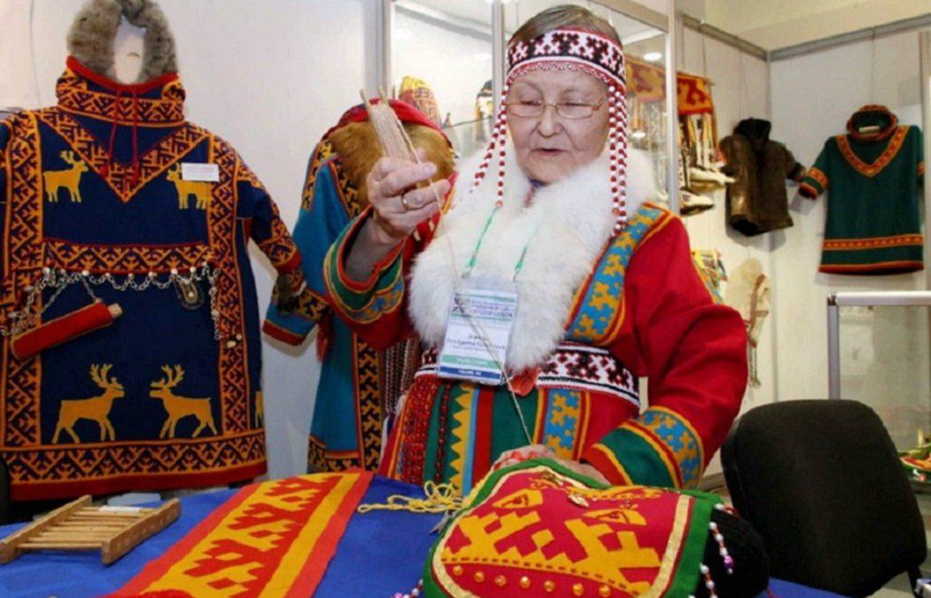 На Ямале хранитель фольклора лесных ненцев получила почётное звание