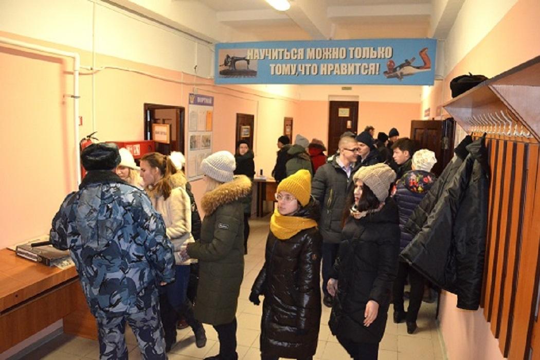 В Екатеринбурге будущие юристы посетили ИК-10 строгого режима