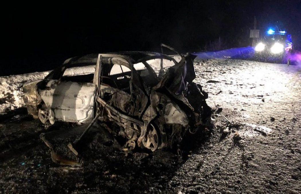 Семья из 6 человек пострадала в жутком ДТП в Сургутском районе