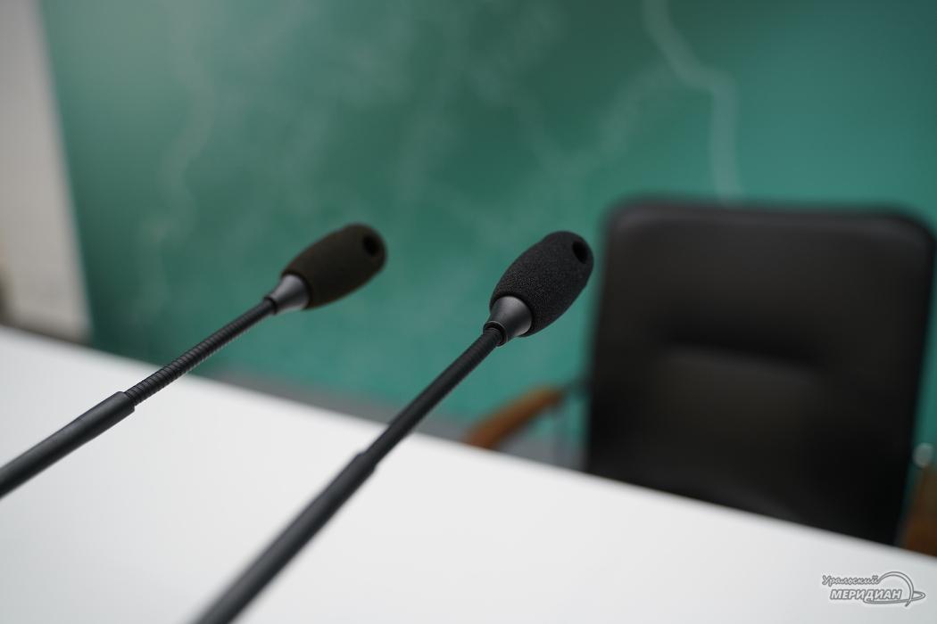 Пресс-конференция микрофоны