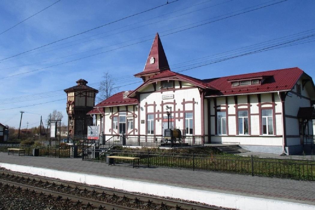 Старинные туалет и вокзал под Первоуральском будут памятниками архитектуры
