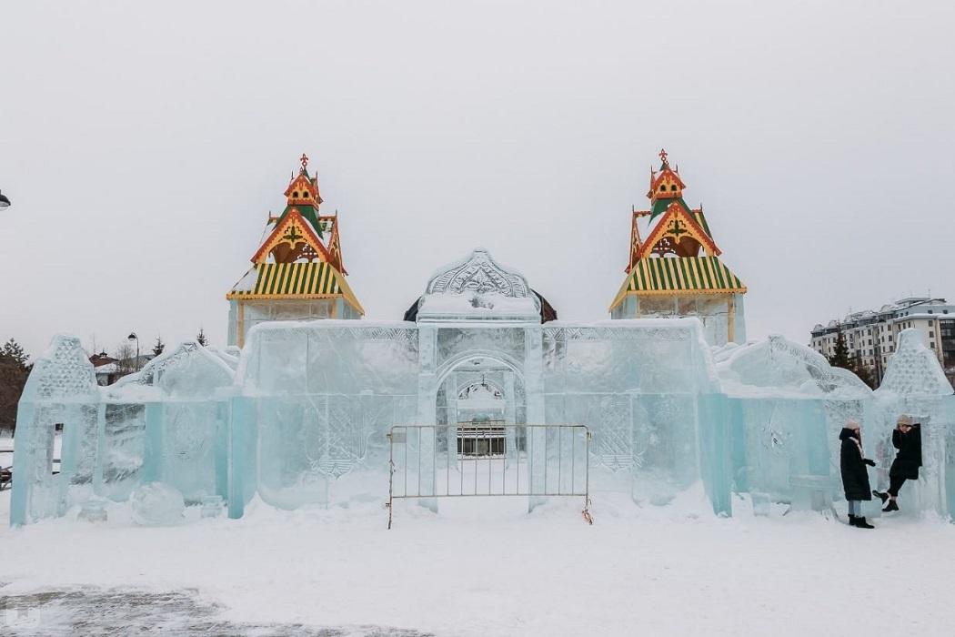 Ледяной дворец в Тюмени демонтируют