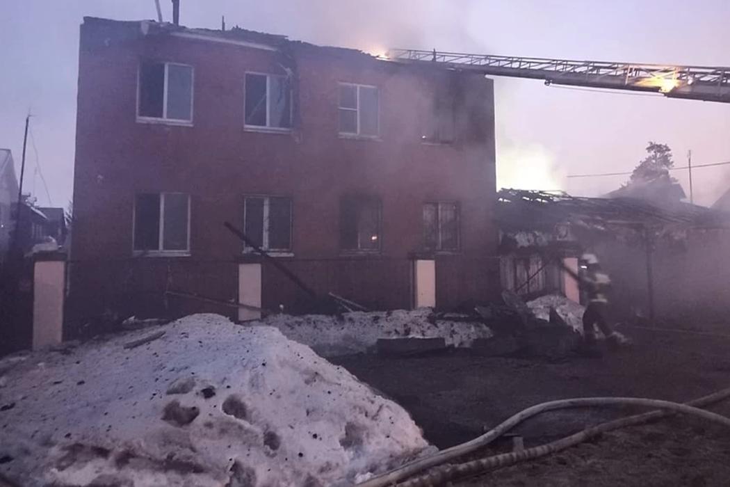В Екатеринбурге этой ночью вспыхнул дом социальной реабилитации