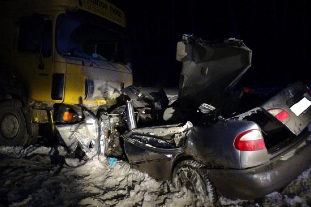 Под Каменском-Уральским в лобовом столкновении погиб мужчина