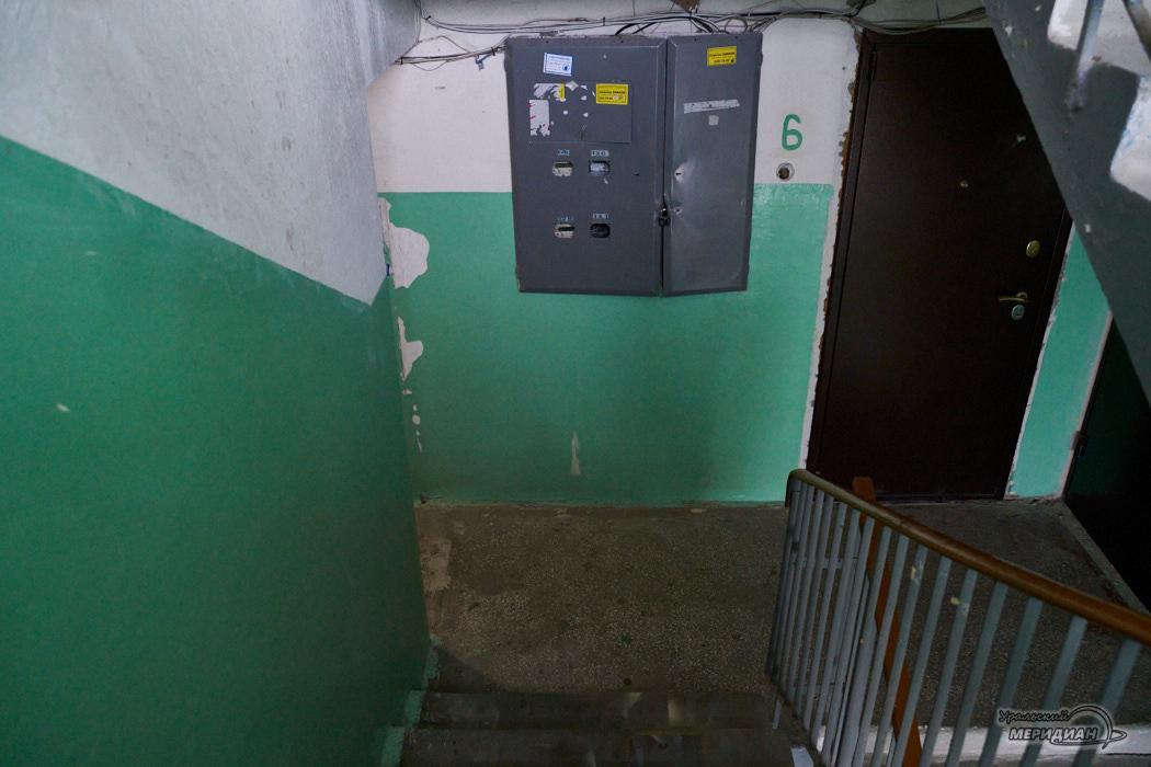 лестница подъезд дом
