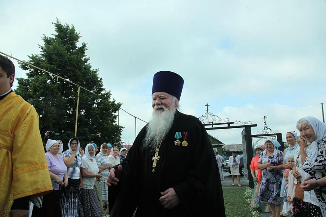 В Челябинской области умер настоятель храма святых апостолов Петра и Павла