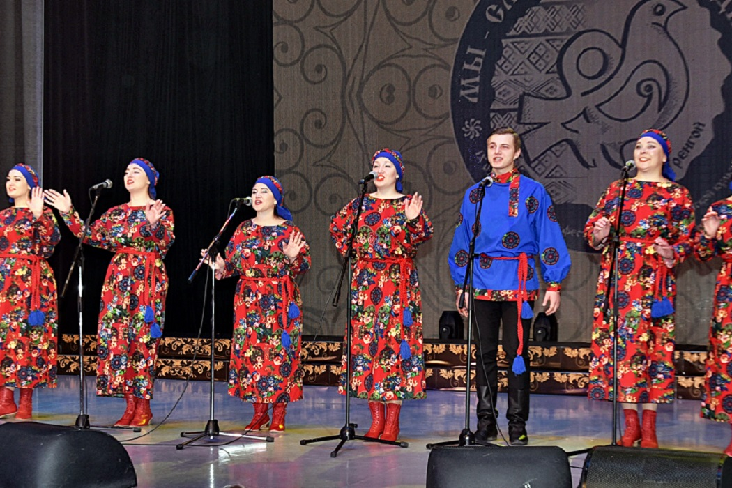 В Новом Уренгое стартовал юбилейный окружной фестиваль славянской культуры