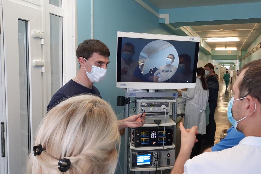 В ишимскую больницу поступила новая видеостойка