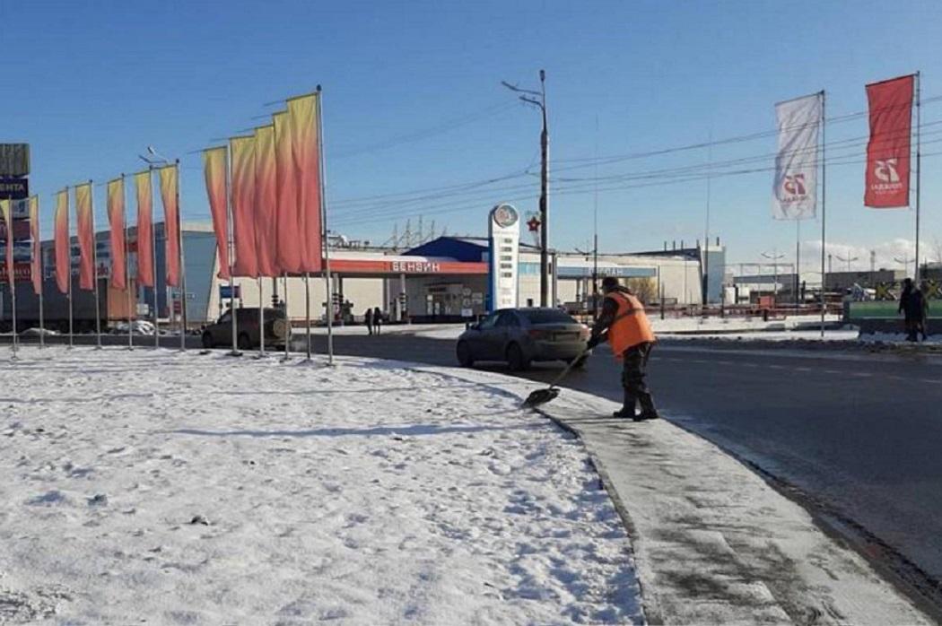 С центральной площади Кургана и проспекта вывезли 24 тонны снега
