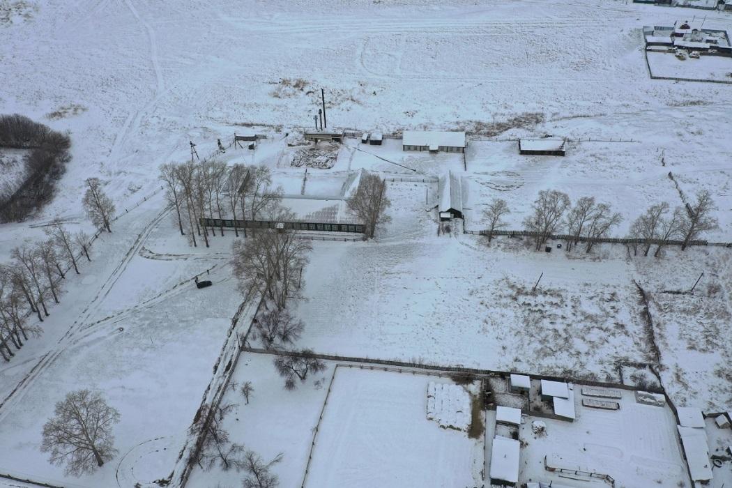 Село + деревня + снег