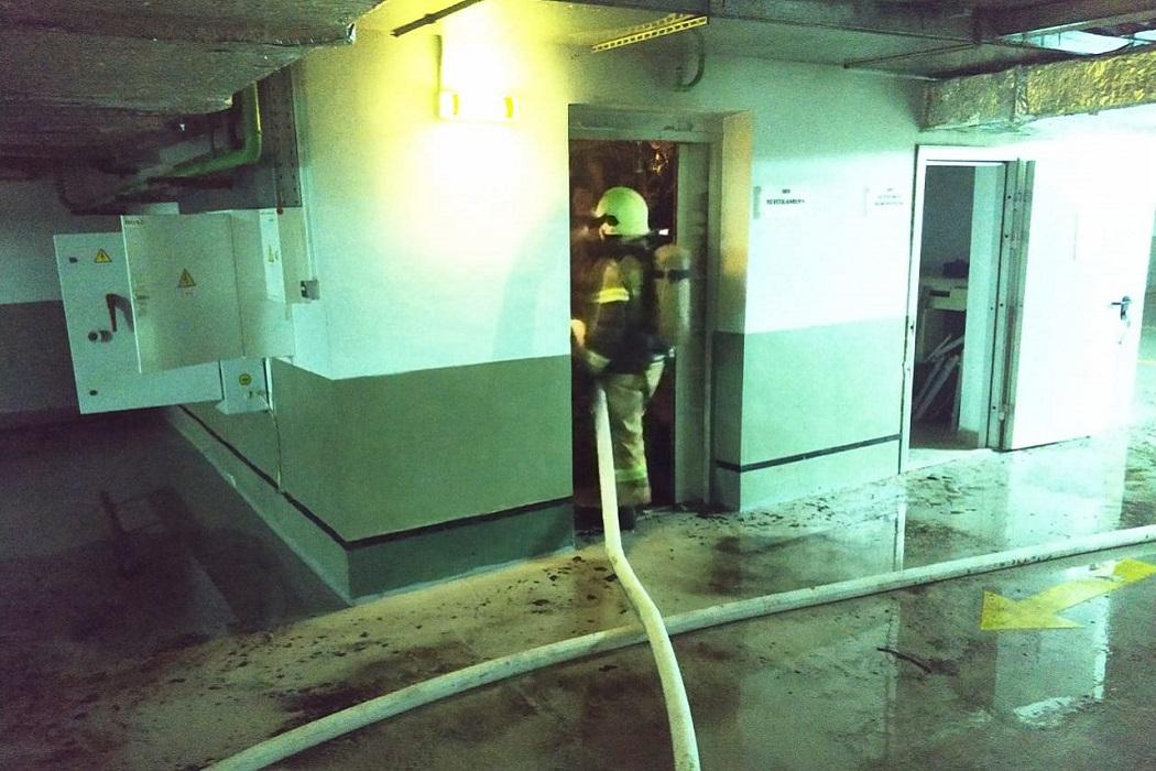 В центре Екатеринбурга произошёл пожар в бизнес-центре