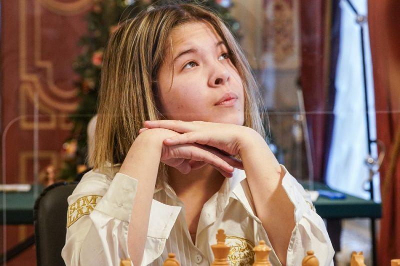 Юная екатеринбургская шахматистка обошла соперницу на чемпионате России