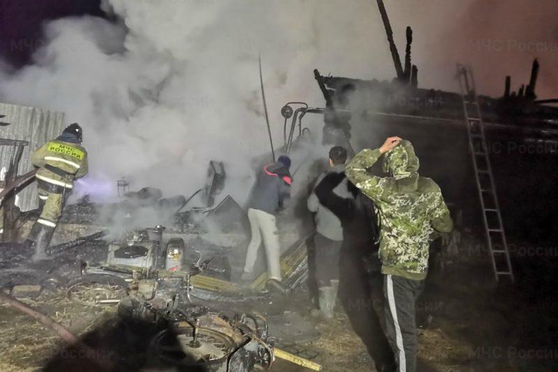 Двое жителей Челябинской области погибли при пожаре в пансионате Ахай