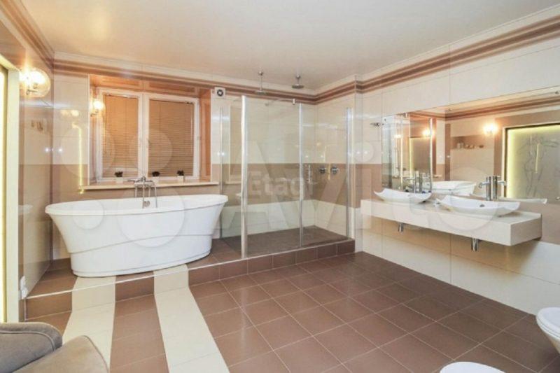В Тюмени продают огромную однокомнатную квартиру за 12 млн рублей