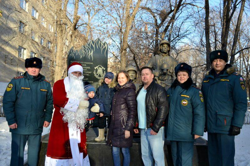 В МЧС поздравили Ваню Фокина, спасенного из-под завалов в Магнитогорске