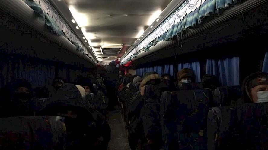 Ямальские полицейские помогли вахтовикам из Оренбурга в мороз