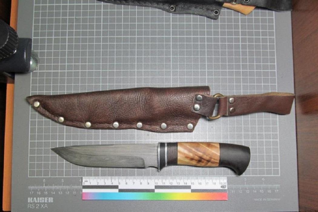 Свердловчанин изготавливал в гараже холодное оружие на продажу