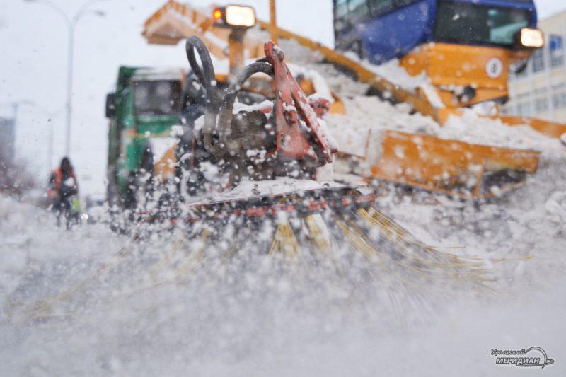 uborka ulits sneg spetstehnika vyvoz zhkh 11