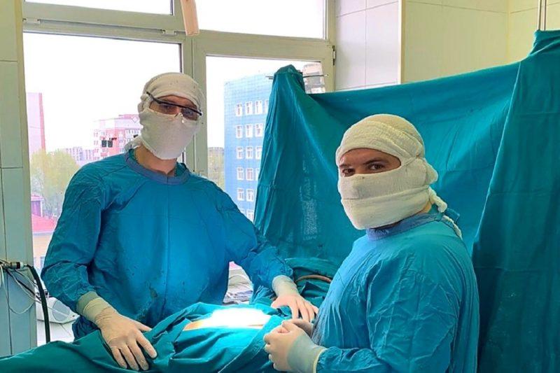 В ОКБ №2 женщине удалили опухоль локтя