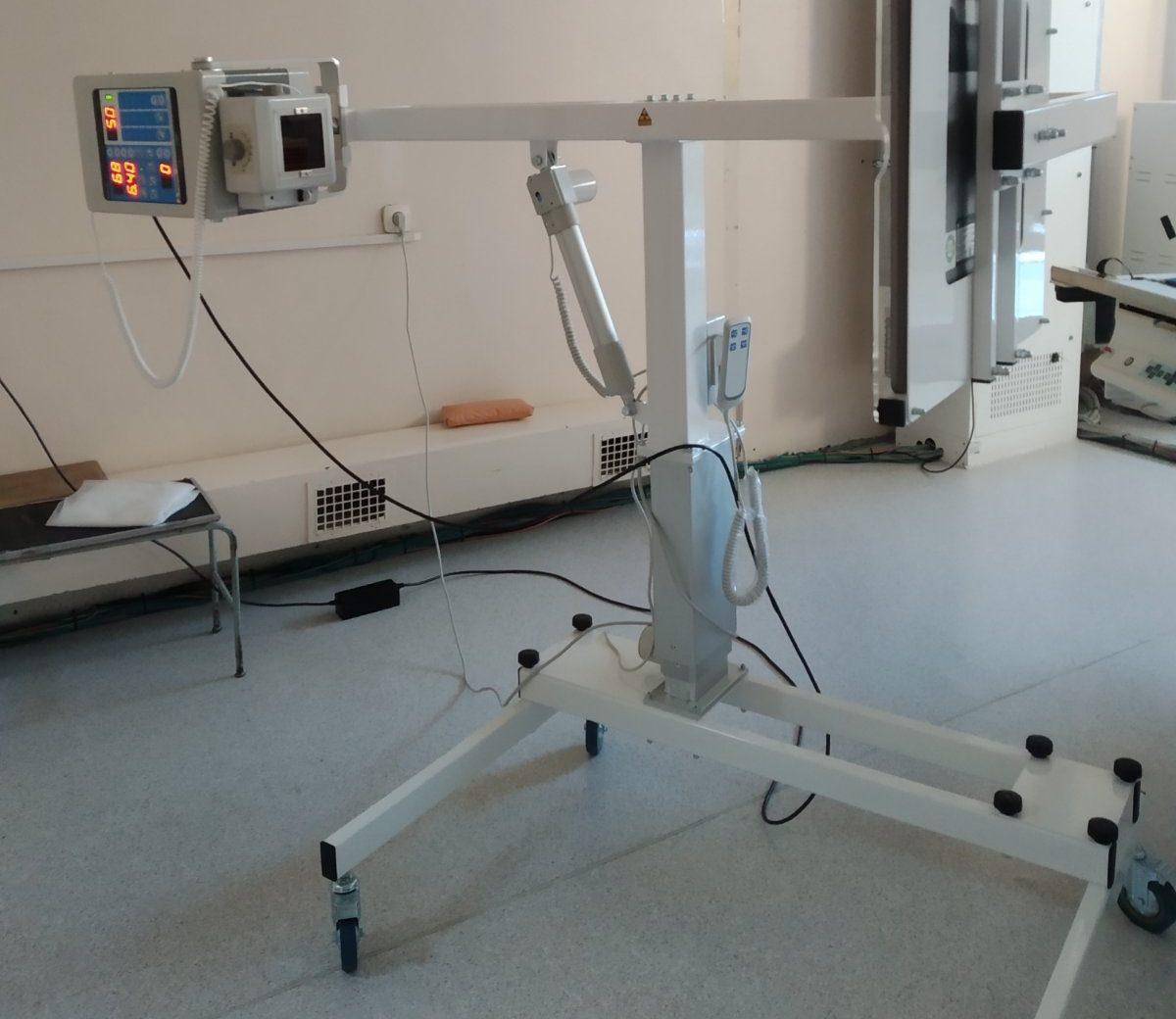 В тюменской ОБ № 12 появился новый портативный рентген-аппарат