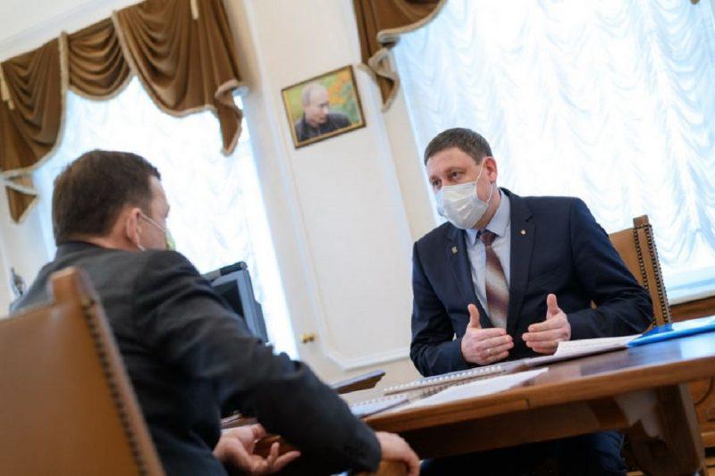 Мэр Артёмовского попросил у Куйвашева звание «вентиляторной столицы»