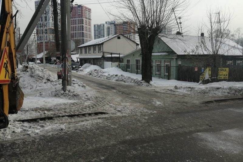В Екатеринбурге на Амундсена водитель сбил пешехода и скрылся