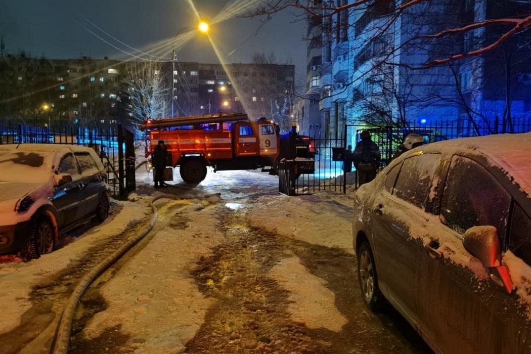 В Екатеринбурге из-за пожара эвакуировали 41 жильца пятиэтажки