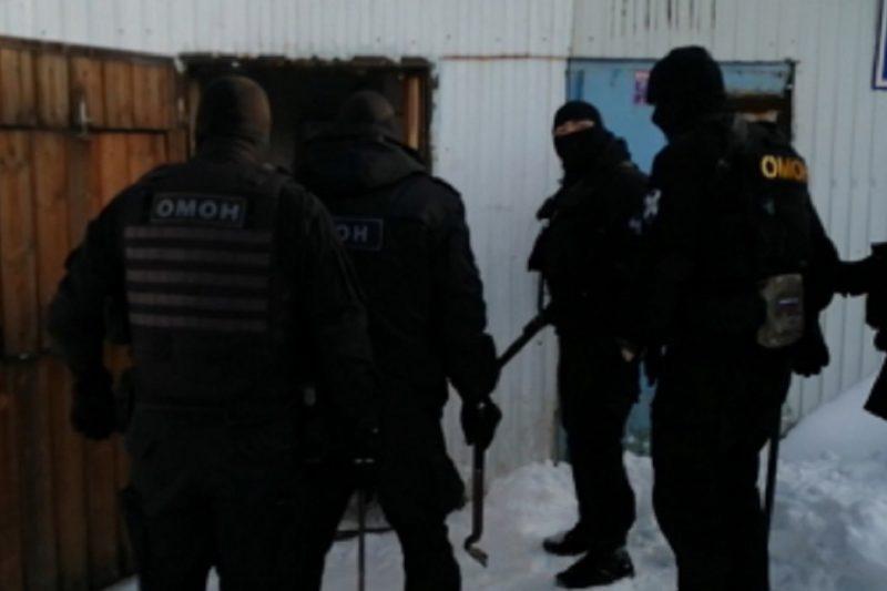 У предпринимателя из Сургута изъяли более 8 тонн контрафактного алкоголя