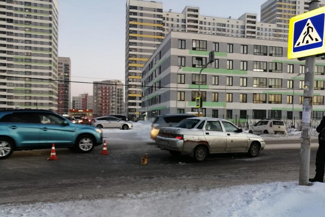 В Екатеринбурге в ДТП пострадала пятилетняя девочка