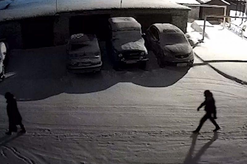 В Ялуторовске молодой человек ограбил женщину на улице