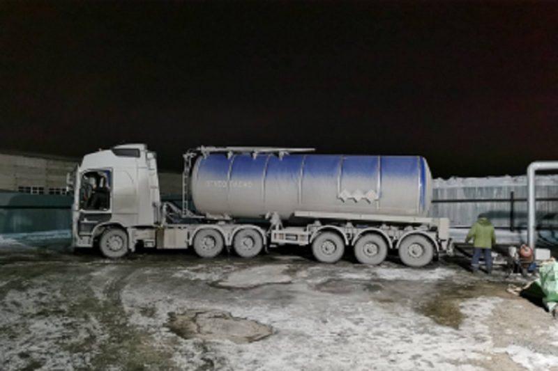 В Тюмени работники дорожного предприятия похитили свыше 25 тонн битума