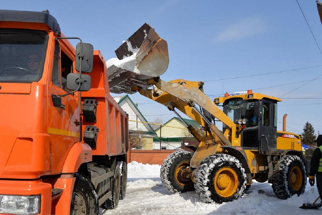 Из микрорайонов Кургана вывезли 18 тысяч тонн снега