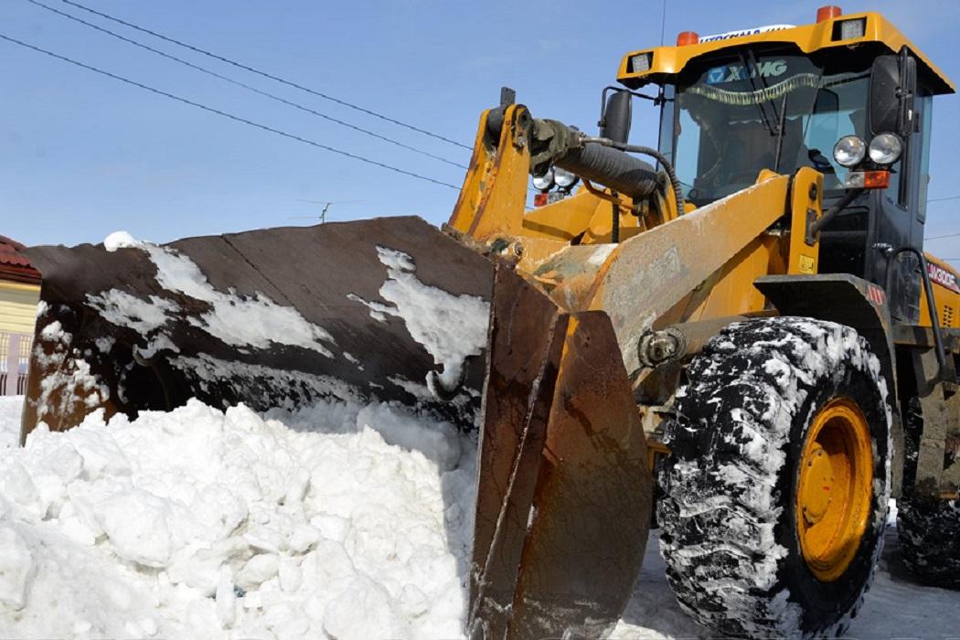 Уборка снега + трактор