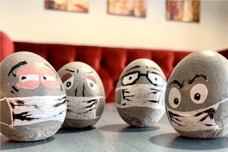 Челябинский завод выпустил к Пасхе бетонные яйца