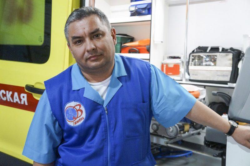 Фельдшер тюменской скорой спас утонувшего в реке мальчика