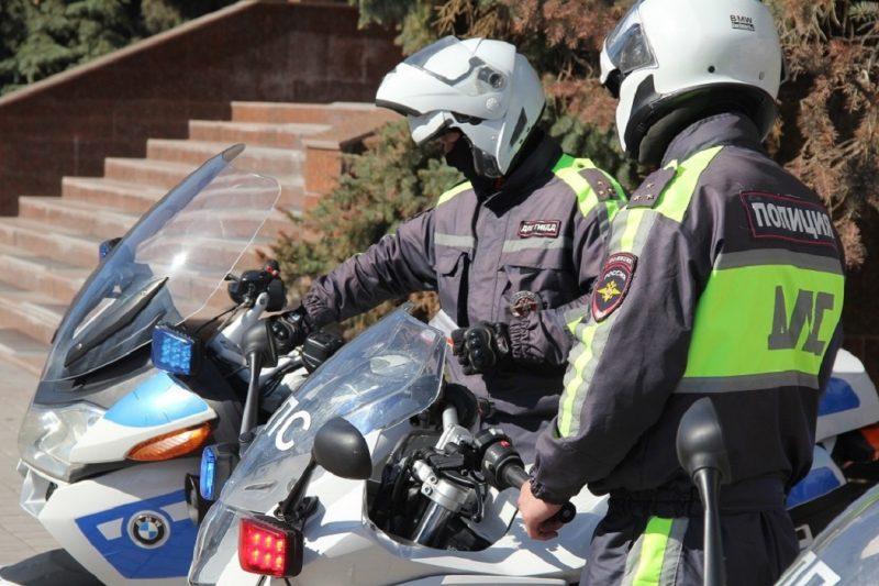 Автоинспекторы-мотоциклисты открыли мотосезон в Тюмени