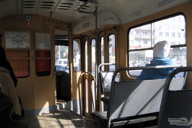 Tramvay v tramvae