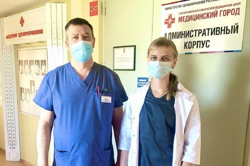 Тюменские врачи помогли пассажирке во время полета