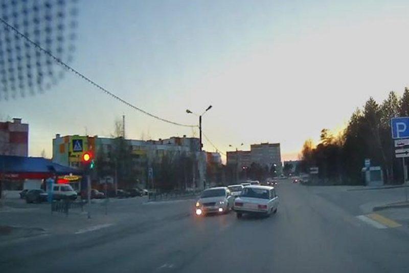 В Ноябрьске полицейские задержали неадекватного водителя